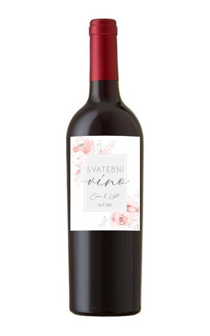 Etiketa na svadobné víno s kvetinami