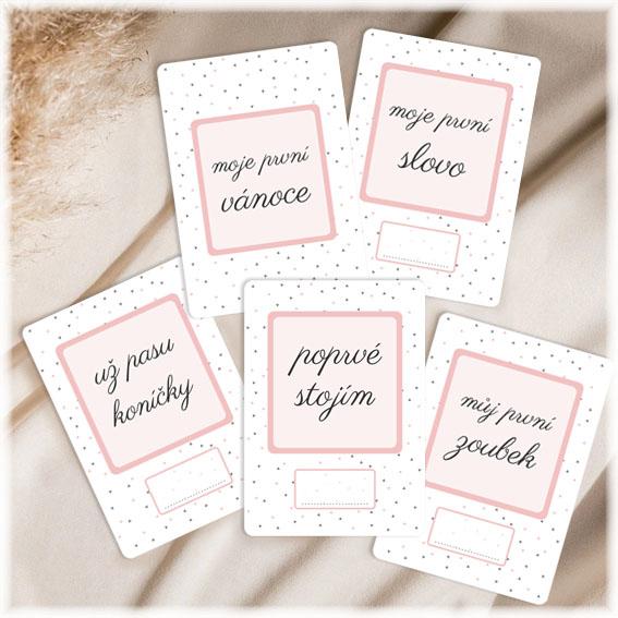 Milníkové kartičky pro miminko s drobnými trojúhelníčky
