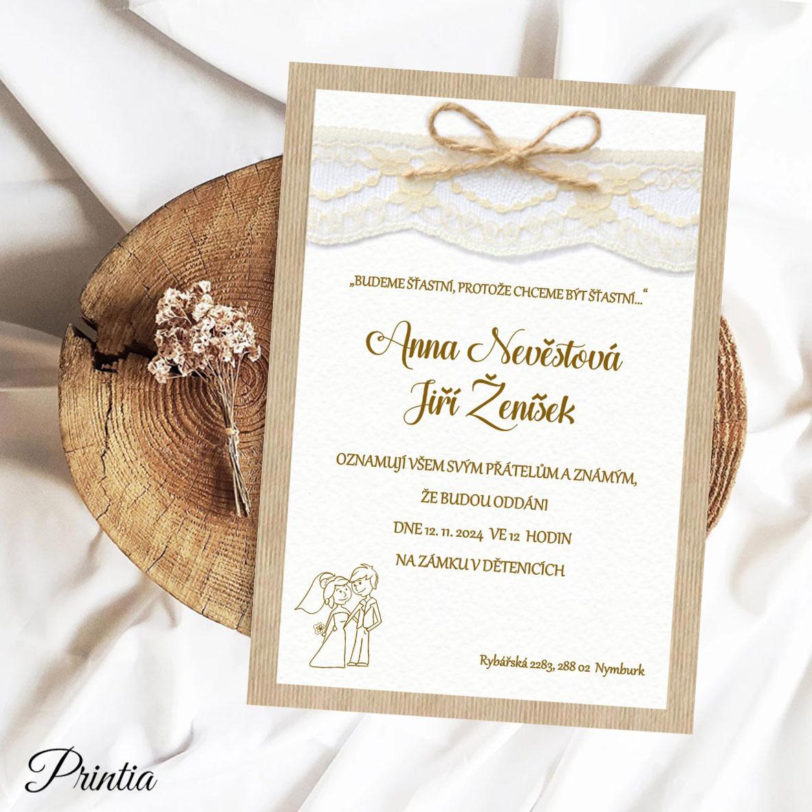 Vintage rustikální přírodní svatební oznámení se strukturou dřeva