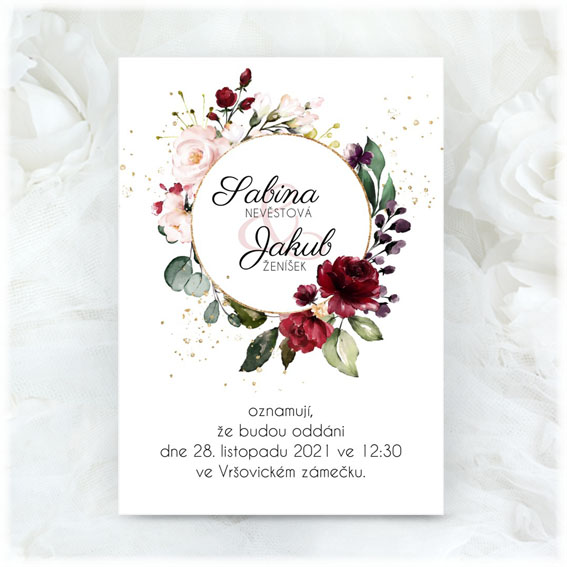 Wedding invitation with circle and flowers
