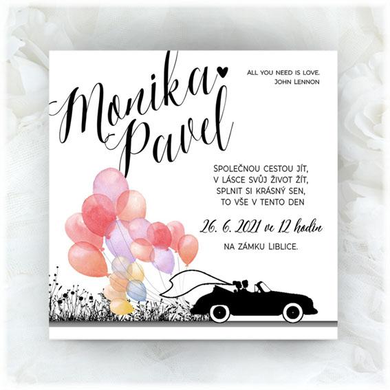 Svatební oznámení nevěsta ženich v automobilu