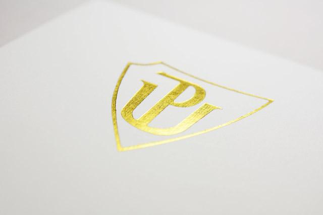 Zlaté logo
